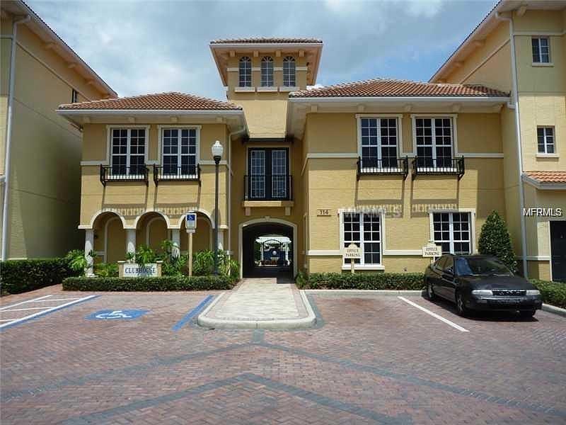 Townhouse – FLZ#1140 – Tampa